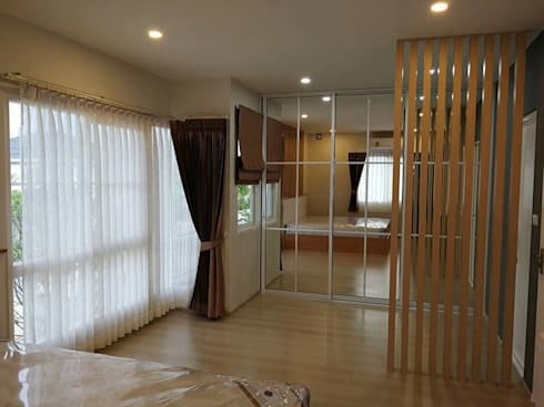 บ้านเดี่ยว Villagio Bangna:   by pyh's interior design studio