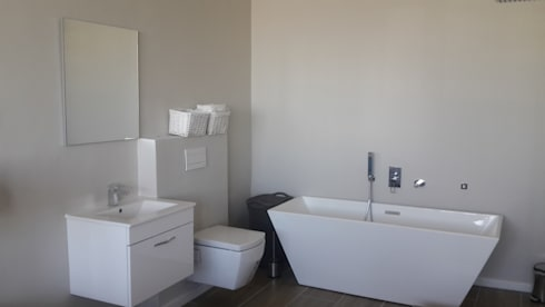 Toilet And Bathroom + Bath Tiling And Paint Sea Point:   by CPT Painters / Painting Contractors in Cape Town