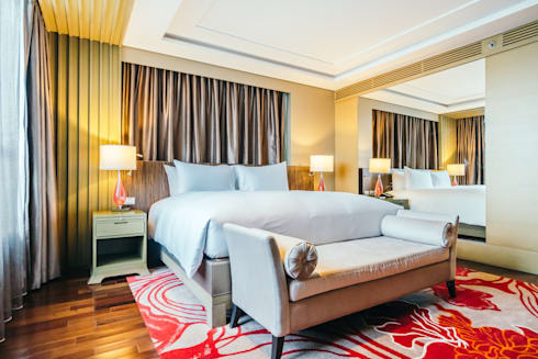 Elegant Hotel:  Household by Bakti Architect