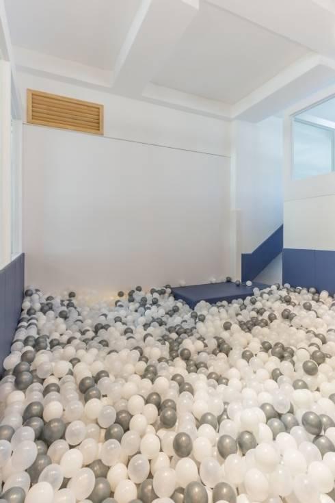 Phòng trẻ em by 피앤이(P&E)건축사사무소