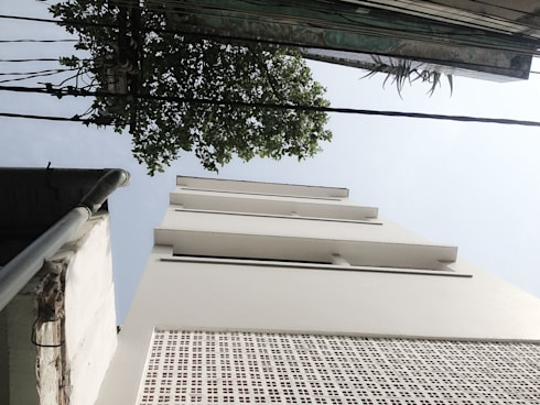 BACK FACADE VIEW:   by NBD ARCHITECTS