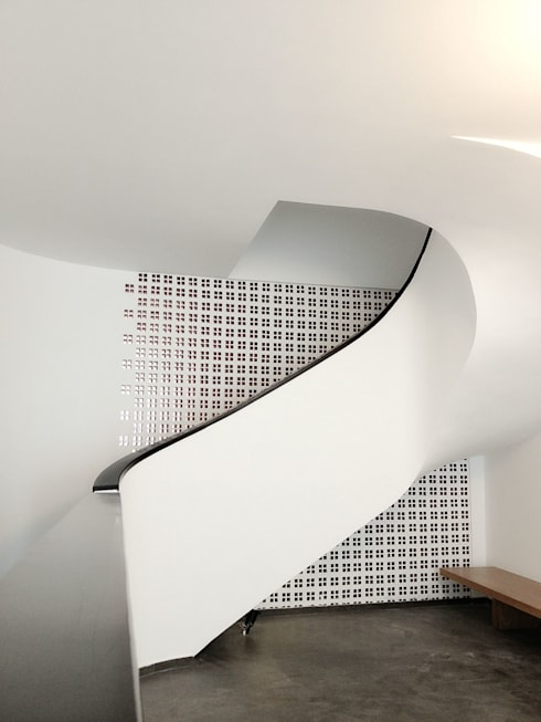 STAIRCASE DESIGN 1:   by NBD ARCHITECTS