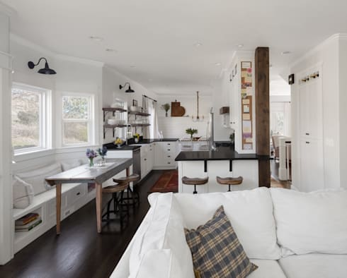 Kitchen Design: rustic Kitchen by Laura Medicus Interiors