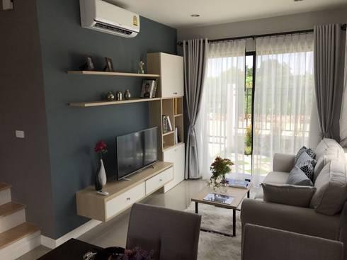 โครงกา The Prime Banbueng:   by IDG interior decoration studio Co.,Ltd.