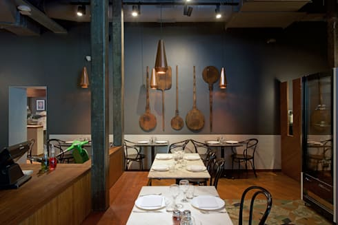 Gustoso: modern Dining room by DCOOP ARCHITECTS