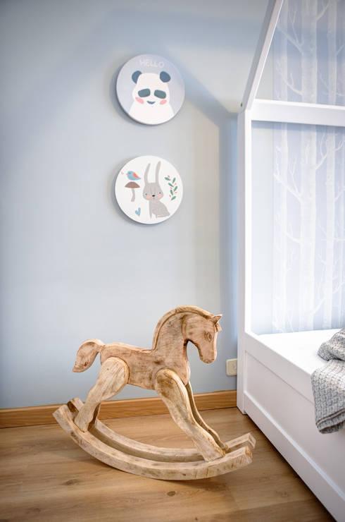 scandinavian Nursery/kid's room by Santiago   Interior Design Studio