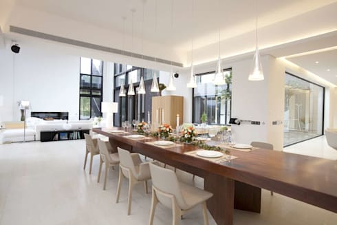 The Lake Dragon: minimalistic Dining room by Clifton Leung Design Workshop