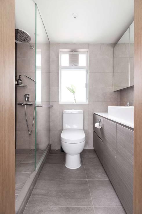 Cherry Crest B: classic Bathroom by Clifton Leung Design Workshop