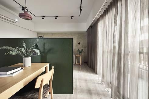 客餐廳:  走廊 & 玄關 by 禾光室內裝修設計 ─ Her Guang Design