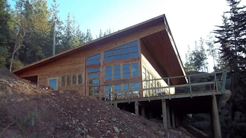 Vista casa: Casas de estilo mediterraneo por GB Arquitectura Ltda.