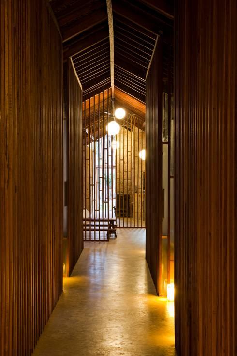 i-resort:  Hành lang by a21studĩo