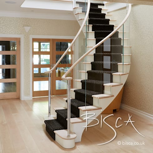 Classic Helical Timber Staircase :  Stairs by Bisca Staircases