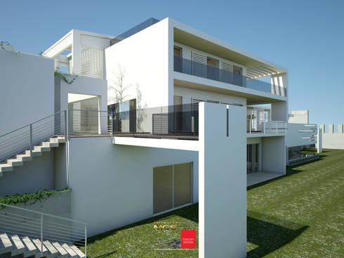 Villa in stile mediterraneo: Villa in stile  di MELLINACORTISTUDIO