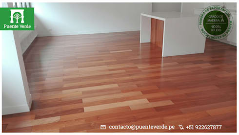 Pisos de madera sólido: Salas/Recibidores de estilo clásico por Puente Verde SAC
