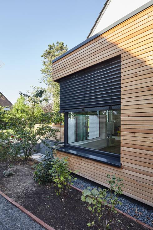 Projekty,  Dom jednorodzinny zaprojektowane przez Schreinerei Fischbach GmbH & Co. KG