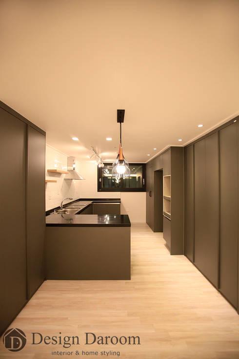 수유 두산위브 아파트 34py 주방: Design Daroom 디자인다룸의  주방