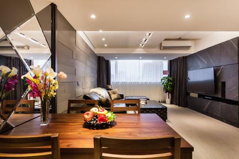 黑白時尚晶亮質感宅:  餐廳 by 好室佳室內設計