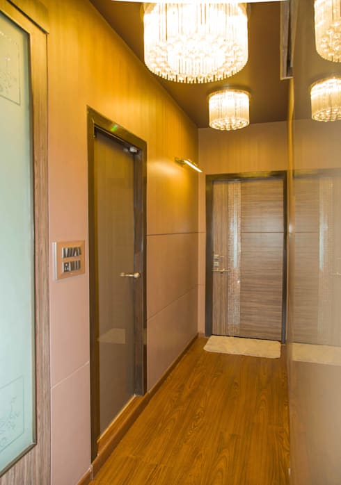 Ms. Suman, Chembur:  Corridor & hallway by Aesthetica