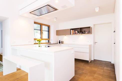 rational tio grifflos wei von lang k chen accessoires gmbh co kg homify. Black Bedroom Furniture Sets. Home Design Ideas