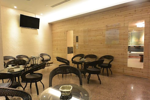 金皇汗蒸養生館 竹北旗艦館:  辦公空間與店舖 by 萩野空間設計