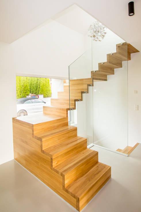 Cầu thang by Holzmanufaktur Ballert e.K.