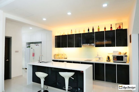 Terrace @ Saraca Place: modern Kitchen by AgcDesign
