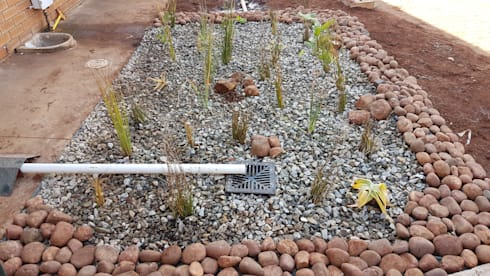 Constructed wetland for grey water treatment:  Garden Pond by Lemontree Landscape architecture and Design