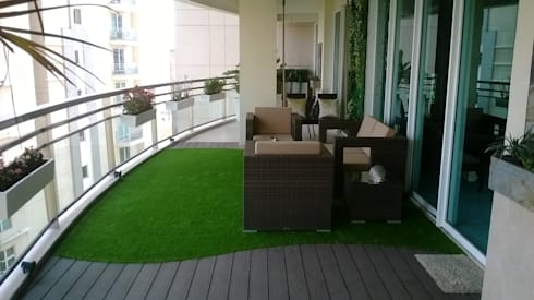 Outdoor Living Room At DLF 5, Gurugram: modern Garden by Grecor
