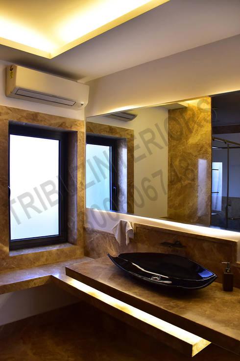 Heritage City: classic Bathroom by Tribuz Interiors Pvt. Ltd.