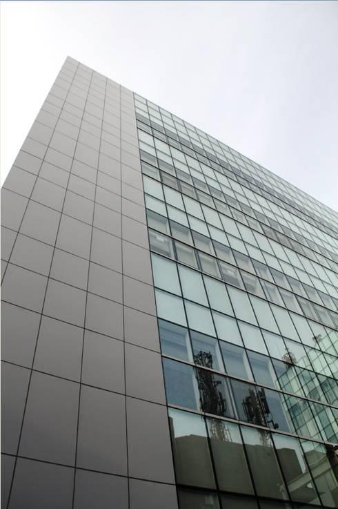 Arpeni 50 Office:  Gedung perkantoran by sony architect studio
