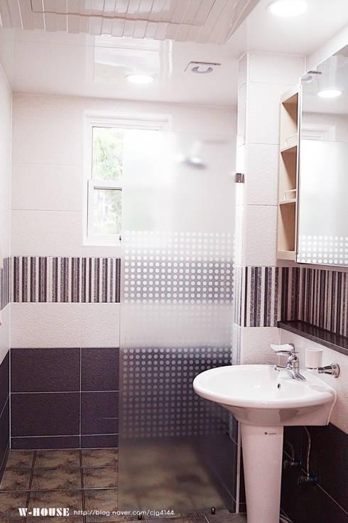 함라 신대리 2호 35평형 ALC전원주택: W-HOUSE의  욕실