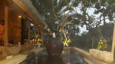 CIBUBUR JULLIE:  Taman by sony architect studio
