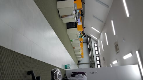 ISMAYA TAX OFFICE:  Gedung perkantoran by sony architect studio