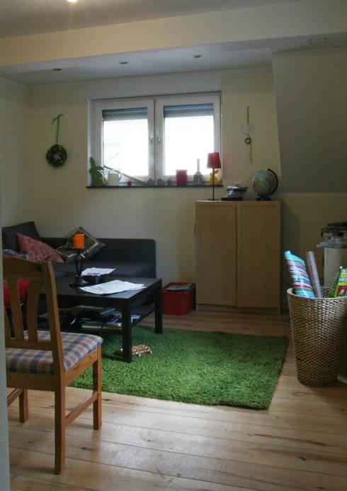 Wohnzimmer vorher:   von  immoptimum HOME STAGING GbR
