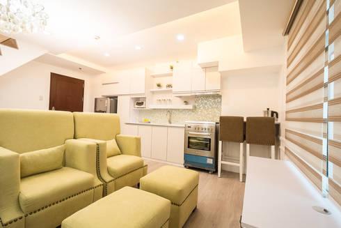 Gateway Garden Heights: modern Living room by TG Designing Corner