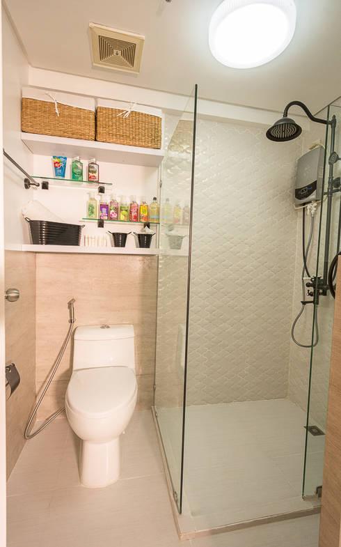 Gateway Garden Heights: modern Bathroom by TG Designing Corner