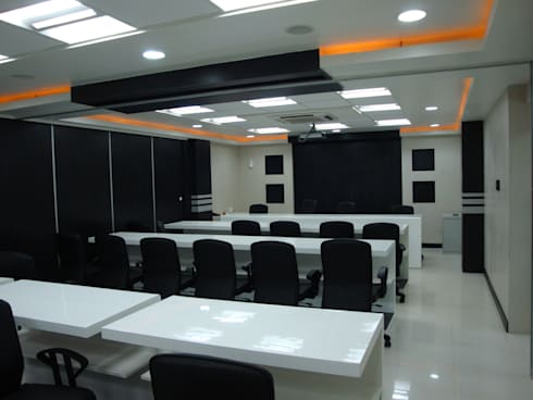 Atlas Copco India Limited - Whagoli Office, Pune: modern Study/office by Spaceefixs