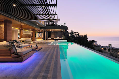 House Hunt in Bantry Bay, Cape Town:  Infinity pool by KMMA