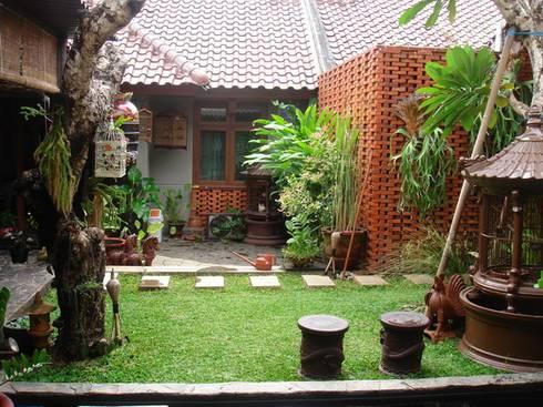 RUDY VMM:  Taman by sony architect studio
