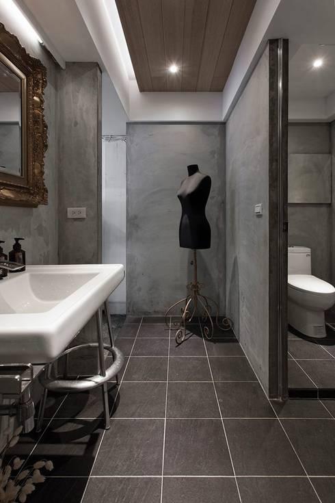 Coners in RTBU studio:  浴室 by Co*Good Design Co. Ltd.