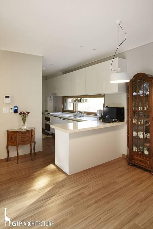 Nhà bếp by GIP