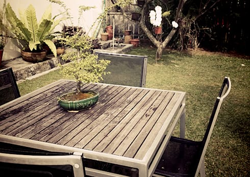 Lichfield Singapore – Bungalow Balinese Style:   by SNS Lush Designs and Home Decor Consultancy