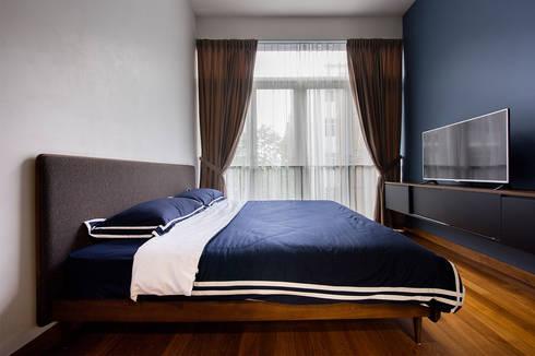 THE GREENWICH: scandinavian Bedroom by Eightytwo Pte Ltd