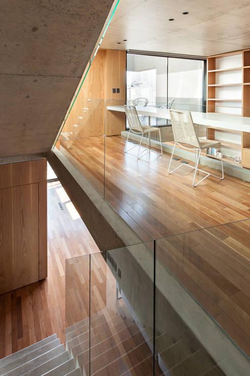 Stairs by ATV Arquitectos