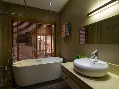 Phòng tắm:  Phòng tắm by Công ty TNHH Xây Dựng TM – DV Song Phát
