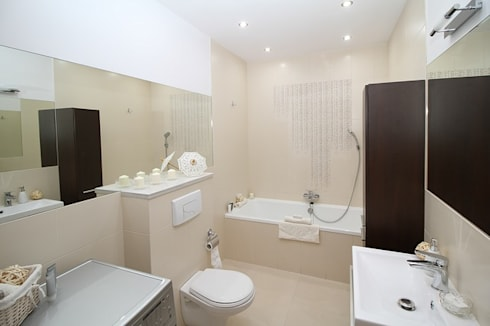 Interior Decoration in Bangalore, Hyderabad and Pune: asian Bathroom by Bro4u Online Services Pvt Ltd