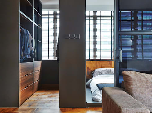 CAIRNHILL CREST: modern Bedroom by Eightytwo Pte Ltd