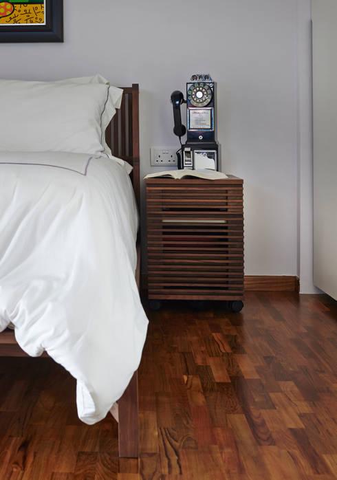 CLEMENTI PARK: scandinavian Bedroom by Eightytwo Pte Ltd