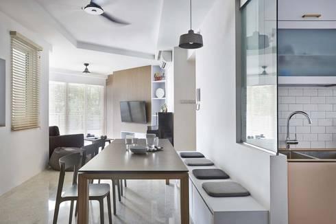 COTE D'AZUR: scandinavian Dining room by Eightytwo Pte Ltd