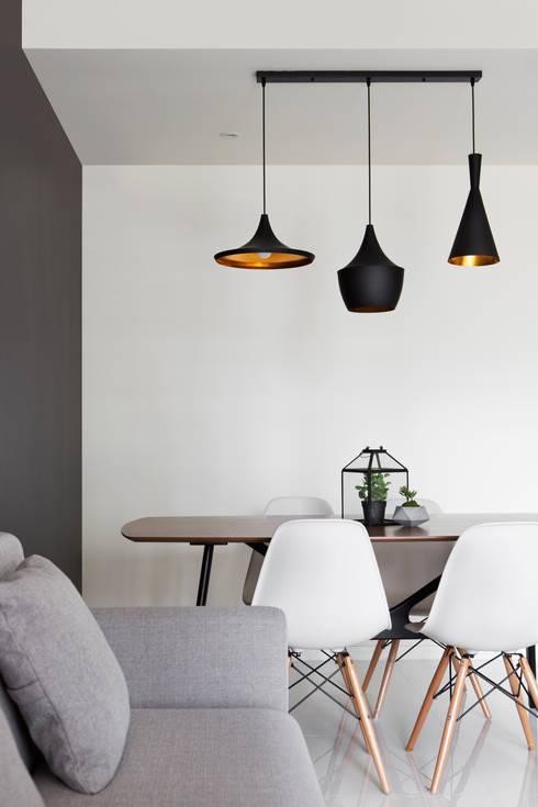 ECOPOLITAN 2: scandinavian Dining room by Eightytwo Pte Ltd